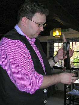 Picture of the waiter preparing the eel