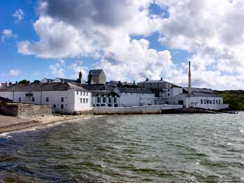 Picture of Bowmore distillery (and the pool)